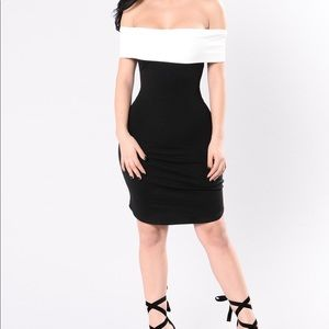 NWT Black/White Off Shoulder Mini Dress